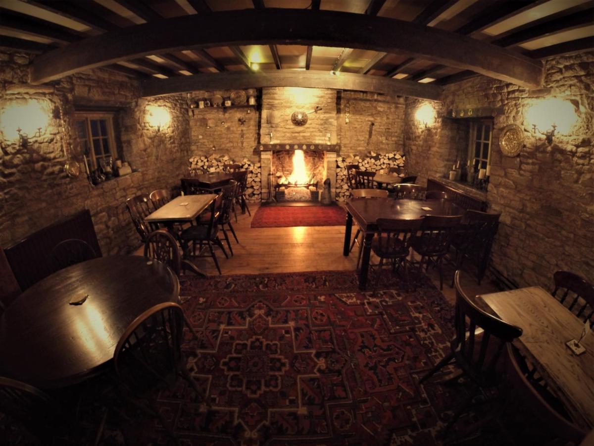 crown inn main bar
